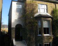 23 Lingfield rd sw 19